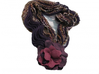 Woman Violet Scarf